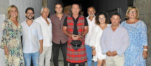Àngela Seguí, Mateu Soler, Jaume Coll, Tomeu Cifre, Agustín Martínez 'El Casta', Josep Pons, Maria Buades, Miquel Llobeta y Francisca Cerdà.