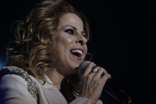 Pastora Soler durante una actuación en Mallorca.