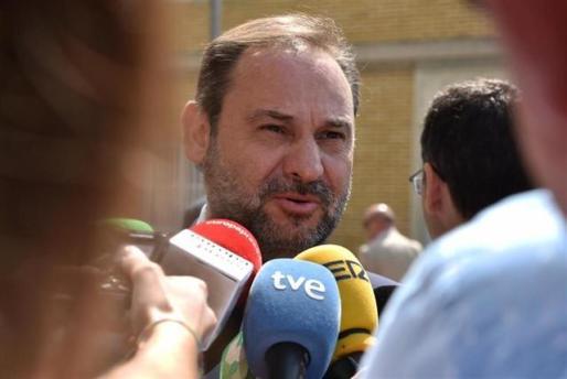 El ministro de Fomento en funciones y secretario de Organización del PSOE, José Luis Ábalos.