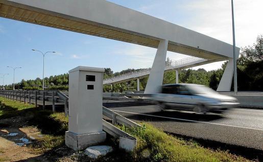 El radar de la autovía de Sant Antoni ha contabilizado un total de 28.030 sanciones de enero a junio de este año.