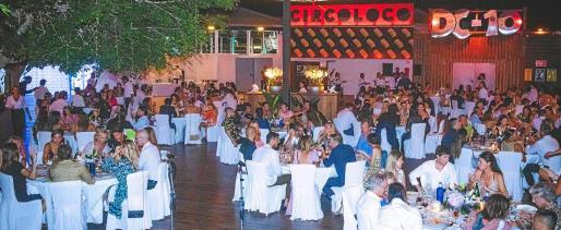 La cena benéfica congregó en DC10 a 200 comensales que disfrutaron de las elaboraciones del chef Gennaro Esposito.