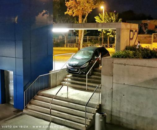 El vehículo fue retirado de la zona pasada la media noche