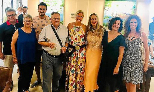 Pau Bosch, Barifina Mercader, Santi Ibáñez, Carlos Homs, Silvia Félix, Inma Bianchi, Núria Bosch y Araceli Déniz
