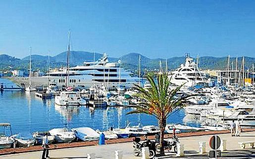 Imagen de archivo del puerto de Sant Antoni