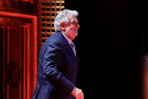 El tenor Plácido Domingo recibe el Premio a la Excelencia en el Teatro de la Zarzuela en una imagen de archivo.
