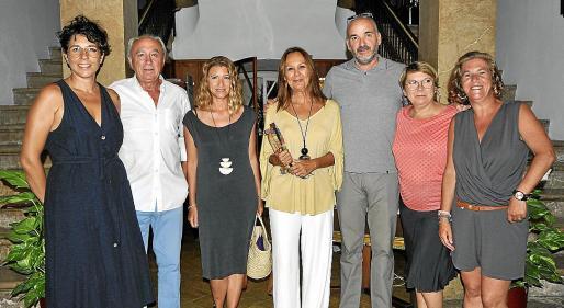 Aina Cifre, Manuel Castellanos, Raquel Gisbert, Maria Dueñas, Biel March, Antònia Borràs y Magdalena Duran.