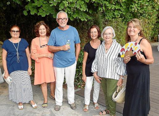 Margalida Cañellas, Antònia Maria Forteza, Luis Serna, Cati Mas, Margalida Roselló y Elisenda Boix.