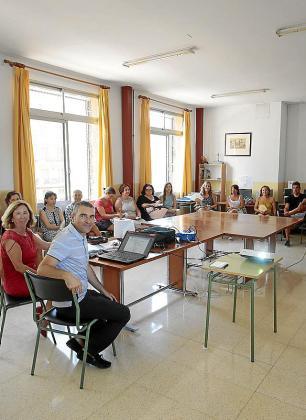 Imagen de archivo de una reunión de docentes.