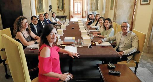 Una imagen de la primera reunión que celebró el Consell de Govern el 5 de julio.