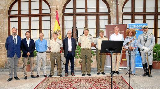Jesús Méndez,Juanma Gómez, Jesús Lanza, Juan Pinilla, Ramón Morey, Juan Cifuentes, Mario Jimeno, José Castilla, César Cádiz y José Manuel Alonso.