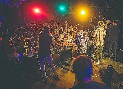 Los uruguayos La Vela Puerca ofrecieron un concierto inolvidable en Las Dalias. Foto: TONI P.
