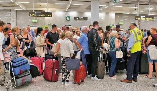 Turistas repatriados esta semana por la quiebra de Thomas Cook.