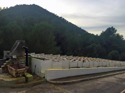 Vista general de la depuradora de Portinatx.
