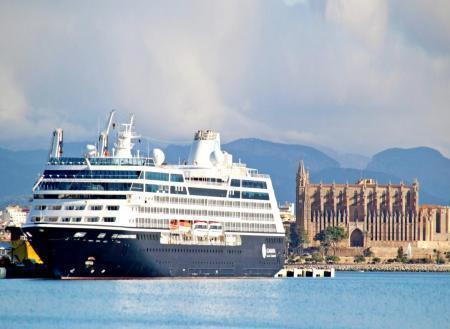 Más de la mitad de ciudadanos aboga por regular los cruceros en Palma.