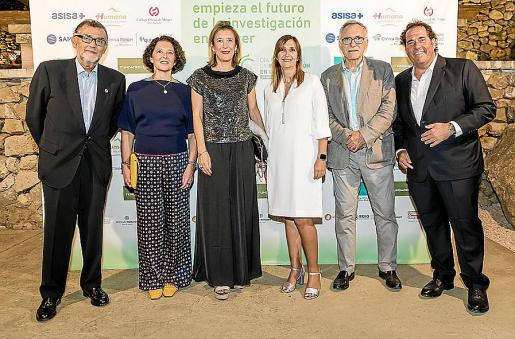 Javier Cortés, Ruth Vera, Maria Cruz Rivera, Mª Antonia Font, Miquel Fiol y Lorenzo Fluxà.