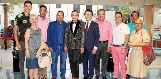 Pablo Echeverry, Antonia Manera, Gabriel Echeverry, Milton López, Gabriela Baeza, Juan David Moncaleano, Norbey Andrade, Jairo Rodríguez, Jordan Gazaguillo y Betty Ciesco.
