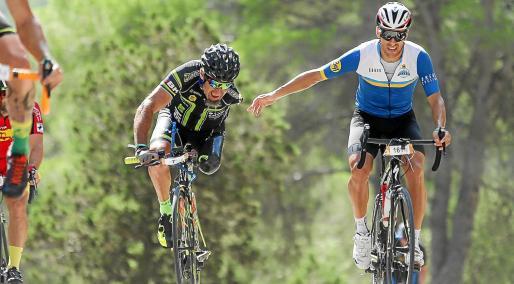 Juanjo Méndez, durante una de las etapas de la pasada edición de la Vuelta Cicloturista a Ibiza.