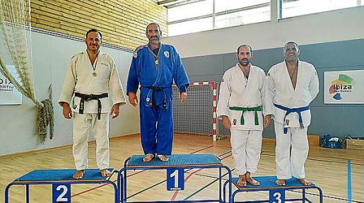 Podio de veteranos senior de +90 kgs del Trofeo Samyd.