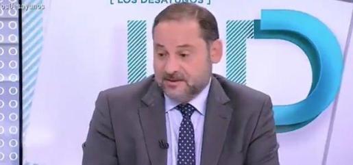 El secretario de organización del PSOE y ministro de Fomento en funciones, Jose Luis Ábalos dando una rueda de prensa tras la reunión de la Comisión Ejecutiva Federal del PSOE en su sede, en Ferraz, en Madrid, a 19 de septiembre de 2019.