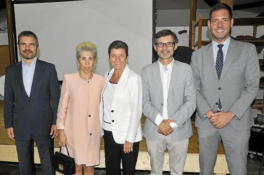 Marc Pérez-Ribas, María Magdalena Frau, Carmen Serra, Joan Ramis y Carles Verde.