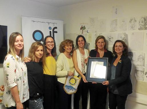 Entrega del certificado ISO 9001 en la sede de la Asociación Asperger de Ibiza y Formentera.