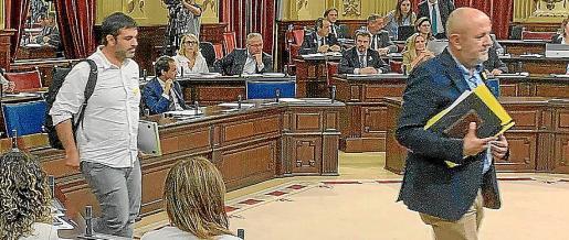Los diputados de Més abandonaron la sala antes de acabar la sesión plenaria.