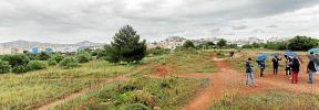 El PSOE de Ibiza lleva a una exministra de Vivienda a ver el solar vacío de Can Escandell