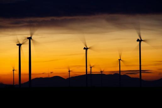 Al contrario de lo que podría pensarse por los discursos políticos, los impuestos medioambientales han ido decayendo.