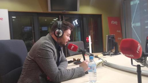 El candidato de ERC a las elecciones generales ha pedido este lunes que las manifestaciones previstas este lunes contra la presencia de los Reyes en Barcelona por los premios Fundación Princesa de Girona sean pacíficas.