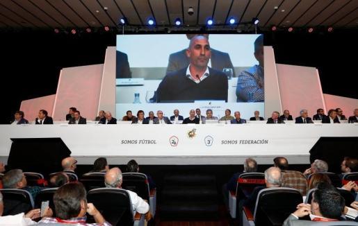 La RFEF pone en marcha el programa 'Impulso 23' para aumentar los ingresos de clubes de 2ªB y 3ª.