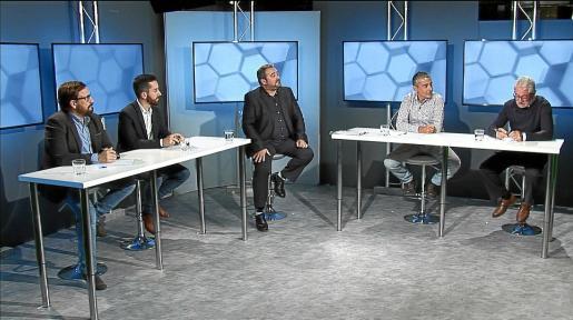 Javier Marí, Javi Torres, Gianandrea di Terlizzi y Joan Marí Marge debatieron ayer sobre los resultados de las elecciones.