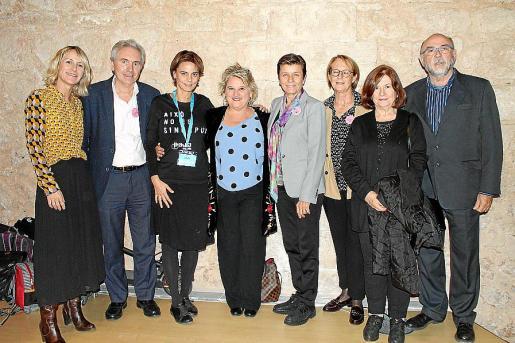 Yolanda Tarramera, José María Vicens, Delia Bento, Apolonia Serra, Carmen Serra, Marilena Colom, Carmen Valdueza y Tomeu Llinàs.