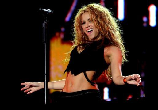 El movimiento de caderas y de vientre de Shakira son muy sensuales.
