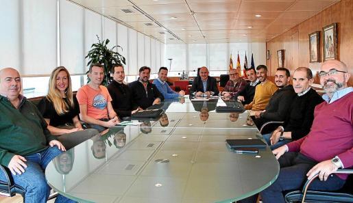La reunión tuvo lugar ayer por la mañana en el Consell d'Eivissa.