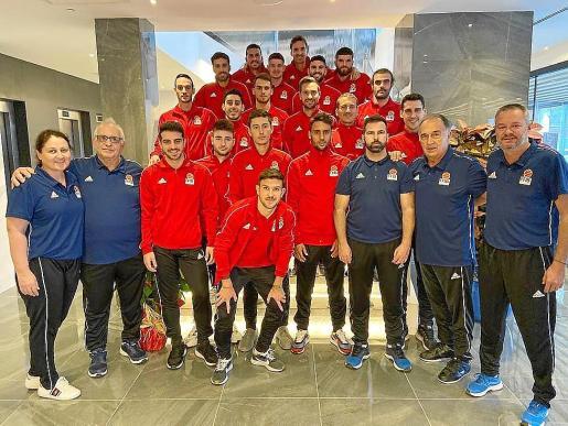 Imagen de los seleccionados de las Illes Balears para disputar la UEFA Regions Cup.