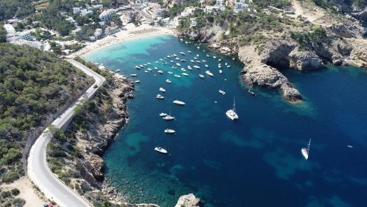 Imagen aérea de Cala Vedella.