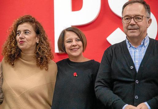 Pilar Costa y Sofía Hernanz apoyan que 'Agustinet' se presente para liderar el PSOE.