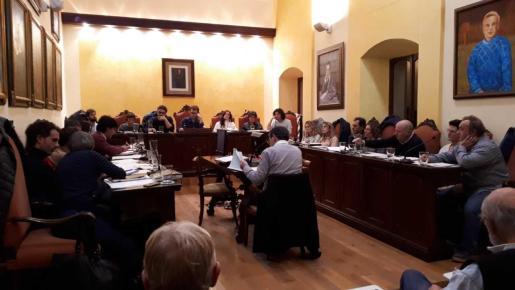 Los regidores del Ajuntament de Manacor se reunieron ayer por la tarde en pleno.
