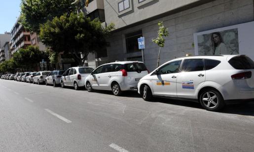 Imagen de archivo de la parada de taxis en Bartomeu Roselló.