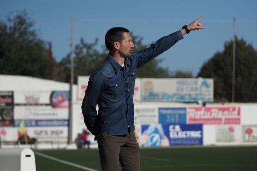 Raúl Casañ, durante el partido contra el Racing de Ferrol.