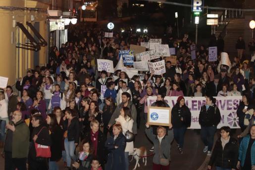 Baleares es desde hace una década la comunidad con una tasa más elevada de mujeres víctimas de sus parejas. En la imagen, una protesta del pasado mes de noviembre con motivo del Día Internacional contra la Violencia de Género. Foto: P. BOTA