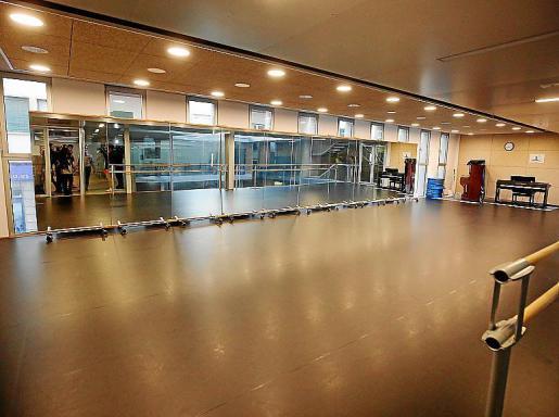 La música y la danza regresaron al auditorio, que permanecía cerrado desde 2018 por las filtraciones y goteras que causaron diversas averías.