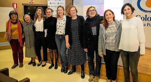 Imagen de algunos de los expertos que presentaron el anuario en la UIB.