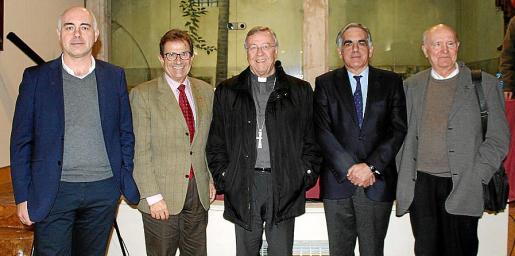 Jaume Garau, Óscar Alba, Toni Planas, Sebastià Taltavull, Rafael Ramis, Gabriel Amengual y Francisco José García.