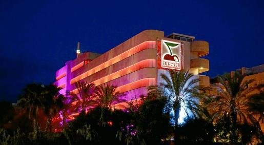 Fachada del Hotel Pacha de Ibiza.