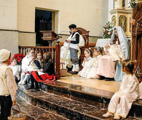 Imagen de lar escenificación del nacimiento de Jesús en la Parroquia de Sant Josep.