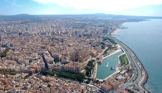 El acuerdo permitirá a los ayuntamientos y comunidades poner medidas de control de precios en las llamadas «zonas tensionadas» en las que la subida del alquiler haya superado la media razonable, como ha sucedido en Palma y en Eivissa.