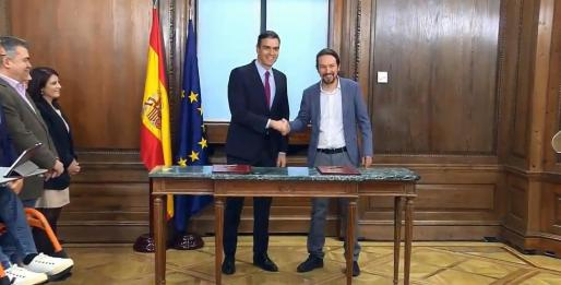 Pedro Sánchez y Pablo Iglesias presentan el programa de gobierno