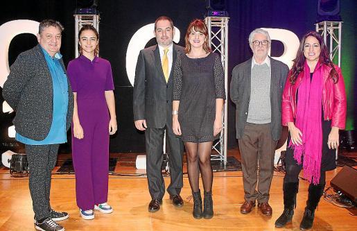 Tomeu Martí, Clara Fiol, Josep de Luis, Marina Caubet, de Ona Mediterrànea; Joan Francesc López Casasnovas y Cristina Mateu, del Circ Bover.