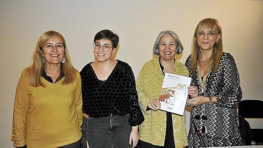 Rosa Cursach, Carme Gomila, Teresa Suárez y Bàrbara Duran.